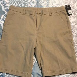 Women  bcg roughin it Bermuda khaki shorts